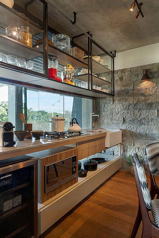 cozinha-com-vista-para-a-área-externa