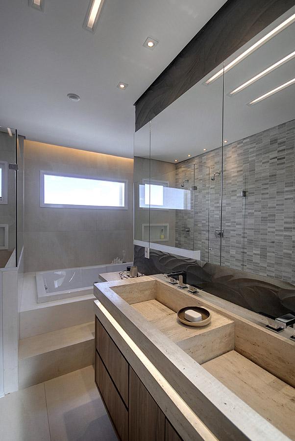 bancada-de-banheiro-com-cuba-construida-em-marmore-travertino-romano-bruto